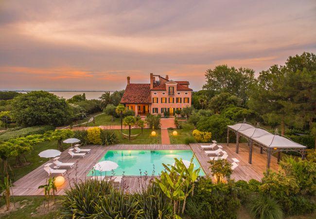Villa in Venezia - VENICE PRIVATE ISLAND - Isola di Santa Cristina