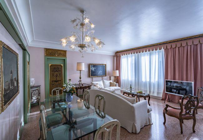 Apartment in Venezia - Ca' Degli Specchi Grand Canal